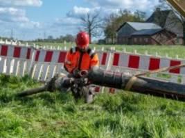 stromtrassen: netzbetreiber streiten über stromtrasse suedlink