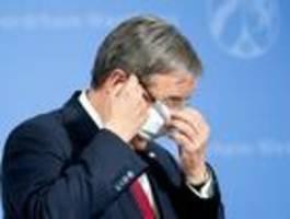 umstrittener nrw-auftrag an van laack hatte einen umfang von 38,5 millionen euro