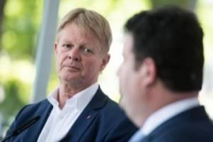 Mobiles Arbeiten: DGB-Chef kritisiert Heils Homeoffice-Pläne