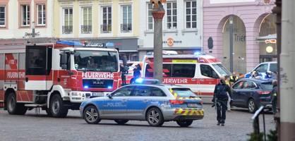 auto fährt in trier in fußgängerzone – mindestens zwei tote und verletzte