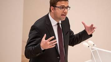 corona: spd-fraktionschef schlägt begrenzung für demos vor
