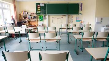 drei schulen in mv wegen corona-infektionen geschlossen