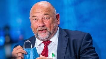 glawe präsentiert corona-impfkonzept für mv im kabinett