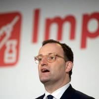 Spahn verteidigt EU-Verfahren wegen späterer Impfzulassung als Großbritannien