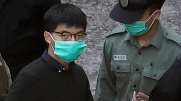China: Hongkonger Aktivist Joshua Wong zu Haftstrafe verurteilt