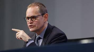Müller fordert vom Bund Planungssicherheit bei Impfungen