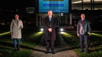Verwaltung lässt Wahlwerbung am Landtagsgebäude verbieten