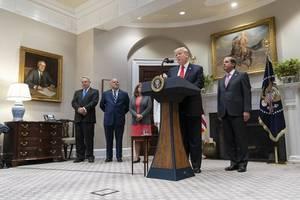 neue kandidatur 2024: trump lässt bombe bei weihnachtsempfang platzen - berater nennt noch weiteres detail