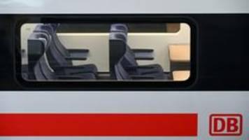 Deutsche Bahn verdoppelt zu Weihnachten Zahl der Sonderzüge