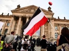 Thüringer Verfassungsschutzpräsident: Kramer: Querdenken könnte Verdachtsfall werden