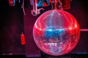 Pandemie: Studie: Wie wurde der Club X in Berlin Corona-Drehscheibe?