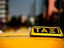 kuriose corona-maßnahme in athen: ehepaar zahlt 600 euro strafe für taxifahrt