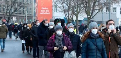 Corona-Massentests in Österreich: Bislang wenige positive Befunde