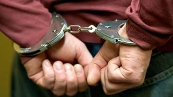 vater wegen kindesentziehung bei einreise verhaftet
