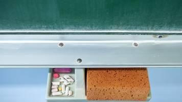 MV-Lehrergewerkschaft fordert späteren Schulbeginn im Januar