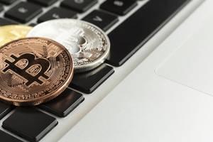 "Bitcoin im Höhenflug – aber Experten warnen: ""Hochriskantes Spekulationsobjekt"""