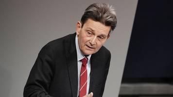 streit um corona-hilfen: mützenich kritisiert brinkhaus