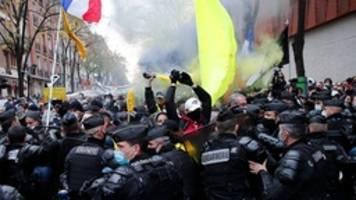 Frankreich: Proteste gegen Sicherheitsgesetz eskalieren