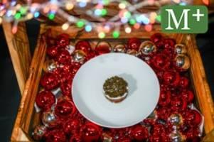 adventskalender 2020: rievkooche mit kaviar und rindertatar