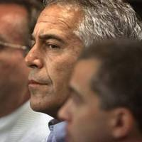 paris: jeffrey epsteins vertrauter in gewahrsam: was jean-luc brunel vorgeworfen wird