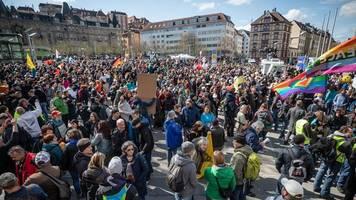 Nopper verurteilt Bruch der Auflagen bei Querdenker-Demo