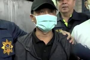 kranwagenfahrer nach zugunglück mit 50 toten in haft