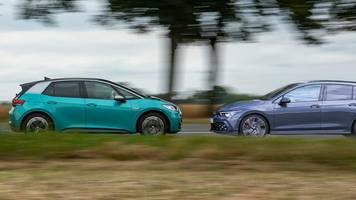 pro und contra elektroauto: vws radikaler e-auto-kurs entzweit die eigenen händler