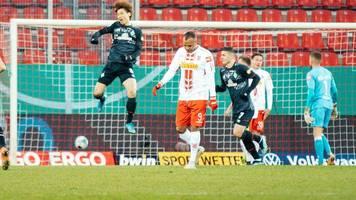 DFB-Pokal: Osako schießt Bremen ins Halbfinale – Regensburg verpasst Coup