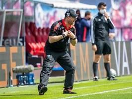 coach baumgart verlässt scp: der letzte malocher an der seitenlinie