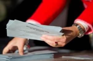 Wahlen: Berlin sucht mehr als 34.000 Wahlhelfer