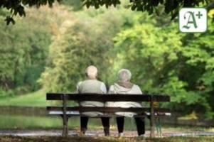 Statistisches Bundesamt: Löhne und Renten über Jahre gestiegen