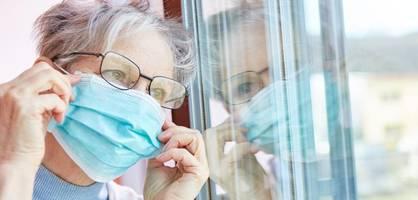 """""""geimpfte müssen zwei meter abstand halten und maske tragen – absurd"""""""