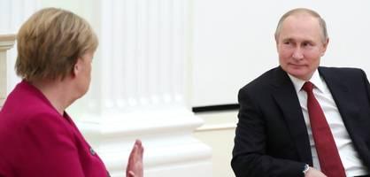 Merkel sprach mit Putin über Nawalny – Dessen Gesundheitszustand verschlechtert sich