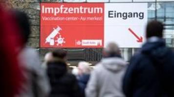 Impfkampagne in Deutschland: Zahl der Impfungen steigt rasant