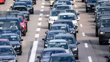 Bain-Studie: Mehr Übernahmen in der Autobranche erwartet