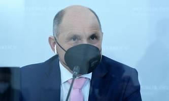 ÖVP will im Parlament Maskenpflicht mit Strafen