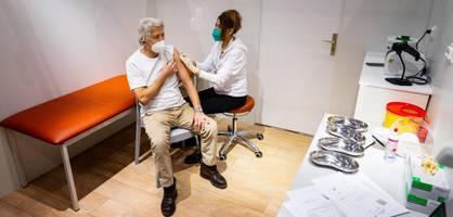 Wettlauf zwischen Pandemie und Impfungen