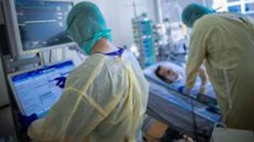 Corona-Pandemie: Warnung vor drohender Triage