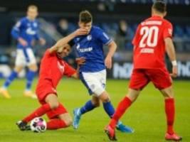 1:0 gegen Augsburg: Schalke spielt Fettnäpfchen