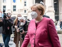 Unterstützung für Laschet-Idee: Merkel fordert Brücken-Lockdown