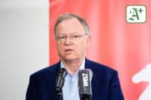 Bundesregierung: Weil: Land kann mit einheitlichen Corona-Regeln leben