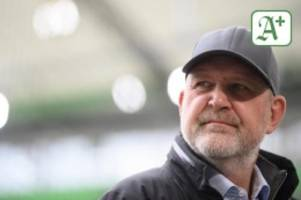 Fußball: Aussagen im TV: Schmadtke kündigt Gespräch mit Weghorst an