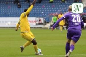 Fußball: Klarer Sieg im Niedersachsen-Duell: Eintracht schlägt VfL