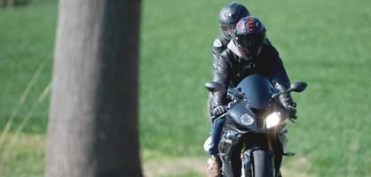 motorradfahren zu zweit – hier passiert der gefährlichste fehler