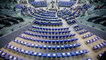 Bundestag - Weiter keine Wahlrechtskommission: Scharfe Oppositionskritik
