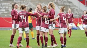 Die Corona-Herausforderung: DFB-Frauen präsentieren sich als Einheit