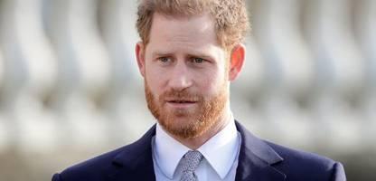 prinz harry ist in london angekommen – trauerfeier für prinz philip steht bevor