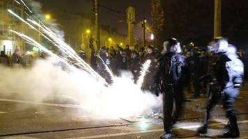 leipzig: polizist an silvester 2019 in rücken getreten – verdächtiger meldet sich
