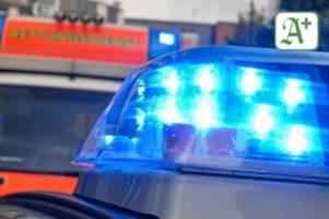 rettungsdienst: schwerer verkehrsunfall in schönningstedt – zwei verletzte