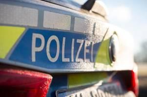 10.000 Euro Schaden: Jugendliche schlagen an Haus Scheiben ein